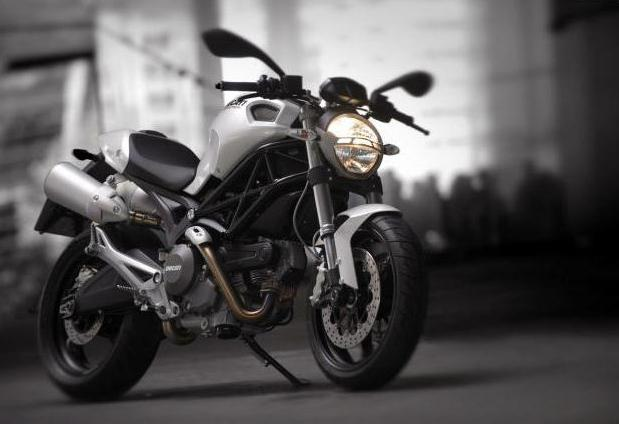 City Necker Monster 696 Ducati